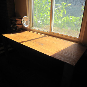 Expanding a Window Sill with a Two Legged Table