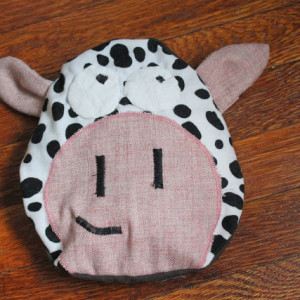 Free Pattern: Cow Rice Bag Applique