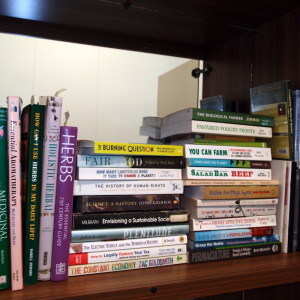 Homesteading book reviews on Eight Acres 2015