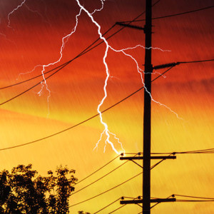 When the Power Grid Fails – 10 Things You Need to Prepare
