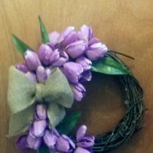 Quick & Easy DIY Spring Tulip Wreath